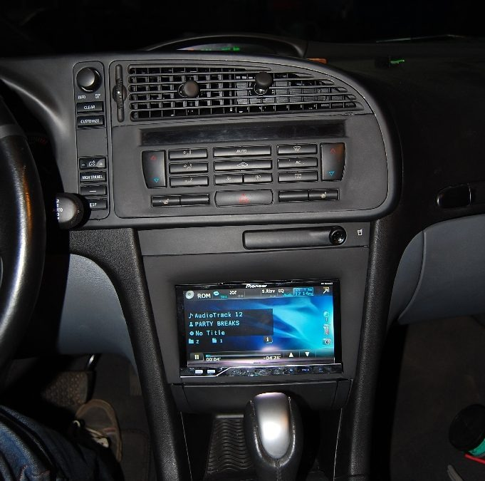 2 din radio install SAAB 9-3 SS 2004 custom made dash plate