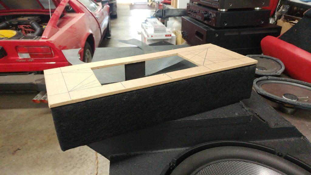 Maserati Merak SS sound system
