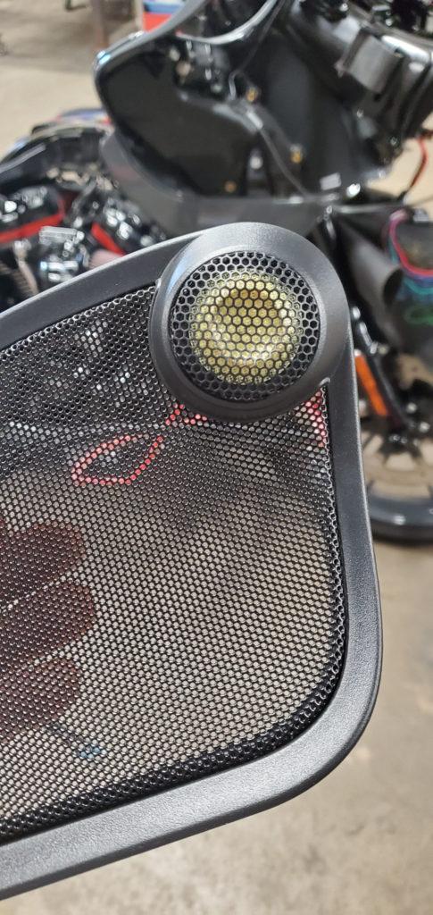 Harley Davidson Road Glide sound system