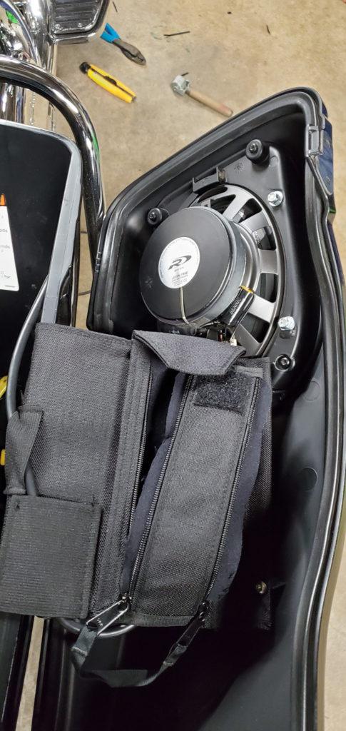 Harley-Davidson saddlebag speakers